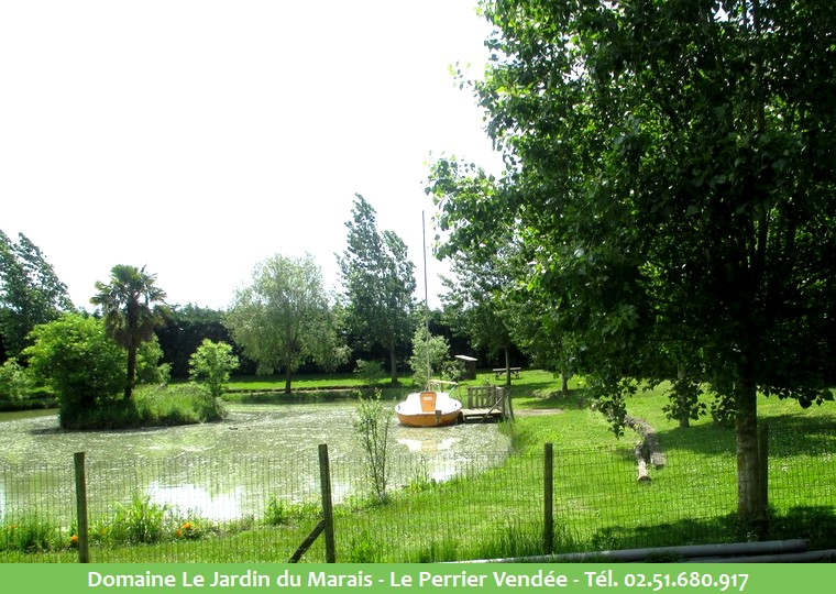 Location mobil home camping saint jean de monts le for Camping le jardin du marais