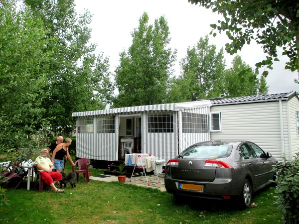 Location mobil home vend e 6 personnes saint jean de monts for Camping le jardin du marais