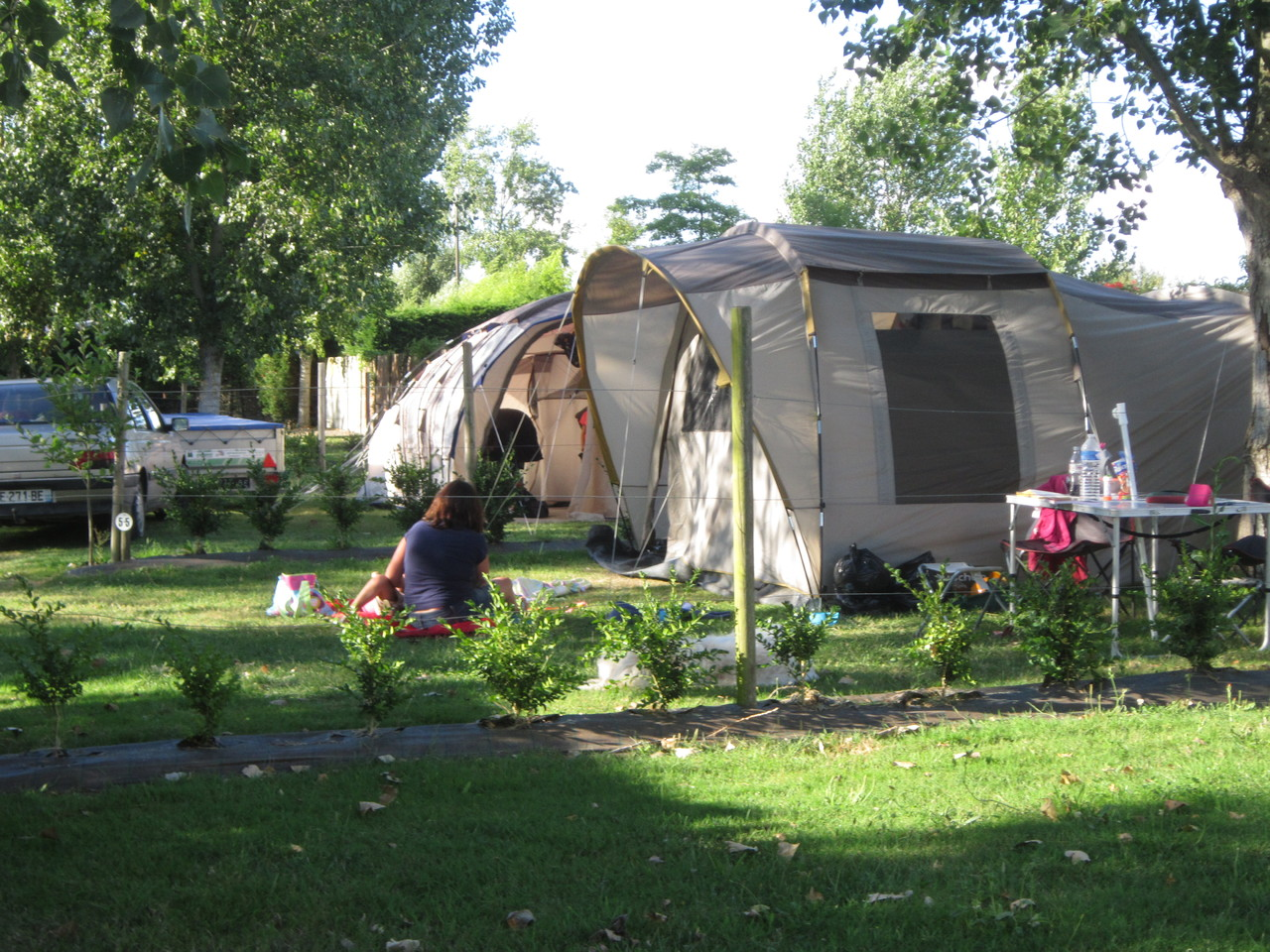 Emplacement camping vend e le jardin du marais for Camping le jardin