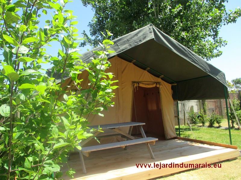 Location tente lodge vend e le jardin du marais for Camping le jardin du marais