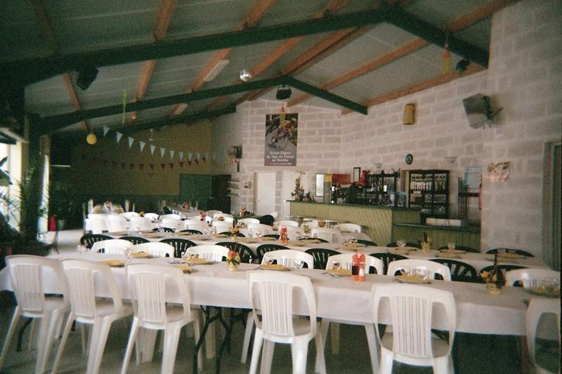 Location de salle en vend e mariages anniversaires - Camping domaine le jardin du marais ...